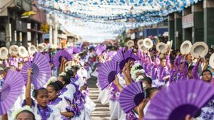 What Are the Objectives of Philippine Folk Dance?