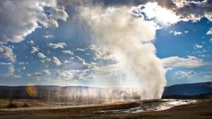 Why Is Old Faithful so Famous?
