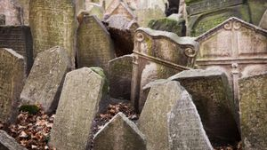 Why Do People Place Rocks on Headstones?