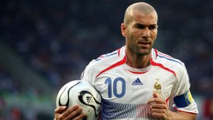 What Position Did Zinedine Zidane Play?