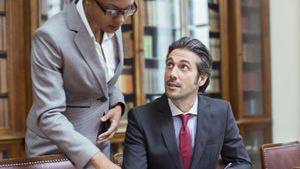 What are the pros and cons of becoming a lawyer?