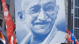 What Qualities Made Gandhi a Good Leader?