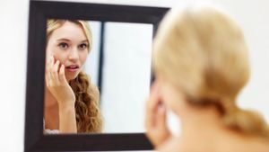 What Is the Quickest Way to Get Rid of a Pimple?