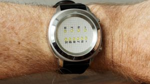 How do you read a binary watch?