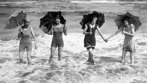 What Was the Role of Women From 1920 Through 1930?