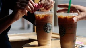 What is Starbucks' vision statement?