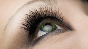 How do you stimulate eyelash growth?