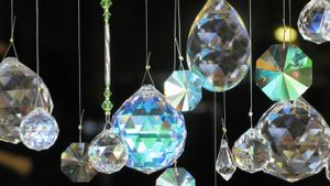 How Do You String Swarovski Suncatchers?