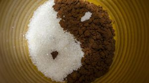 How Does Sugar Act As a Preservative?