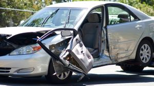 What Is Total Valuation in a Car Insurance Claim?