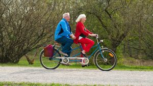 What Is a Two-Person Bike?