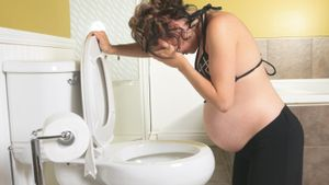 Is an upset stomach a sign of pregnancy?