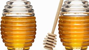Does Using Honey Work for Hair Growth?