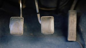 What Causes a Heavy Clutch Pedal?
