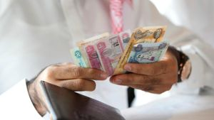 What Currency Is Used in Dubai?
