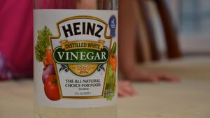 What Is the Difference Between White and Brown Vinegar?