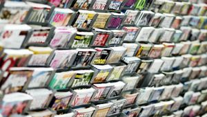 What kind of paper do magazines use?