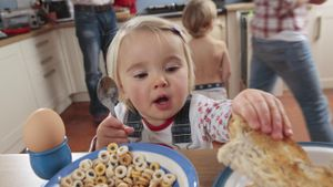 When Can Babies Start Eating Cereal?