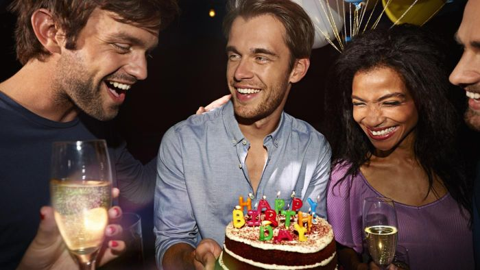 What Are Some 30th Birthday Ideas for Men?