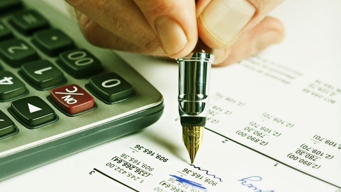 Why Does an Accountant Use a Spreadsheet?