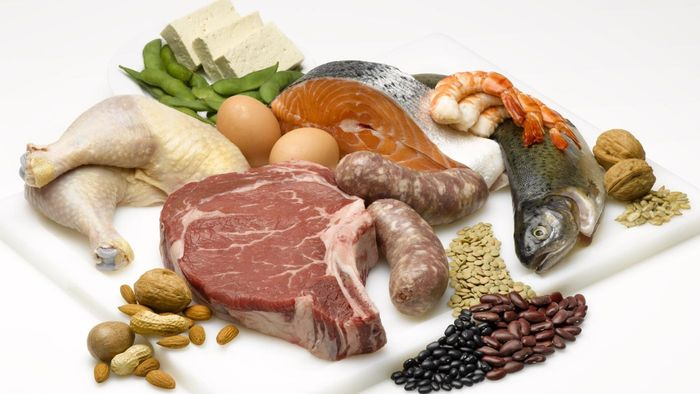 What are some good foods to maintain brain health?