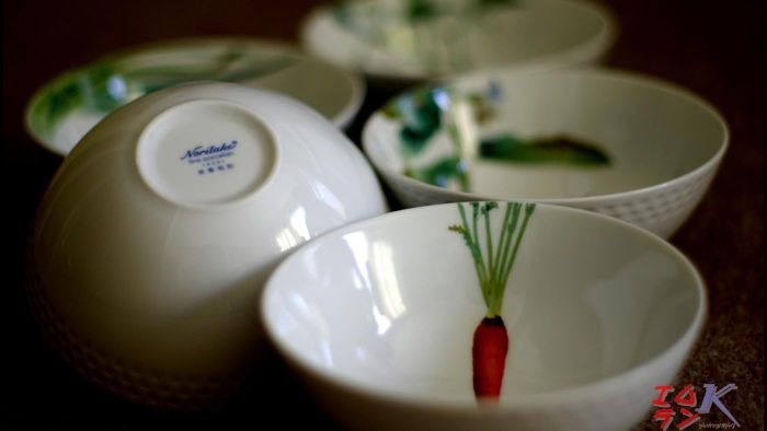 How do you identify a Noritake china pattern?