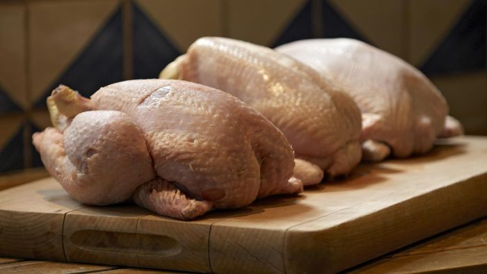 How Long Does It Take to Deep Fry a Whole Chicken?
