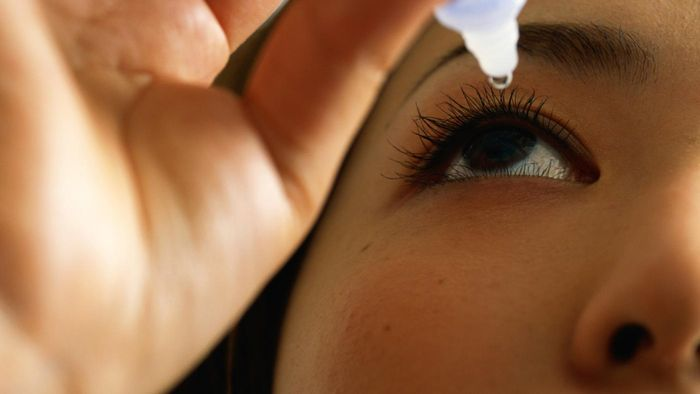 How are polymyxin B sulfate and trimethoprim eye drops used?