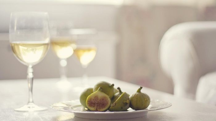 What Does Moscato Wine Taste Like?