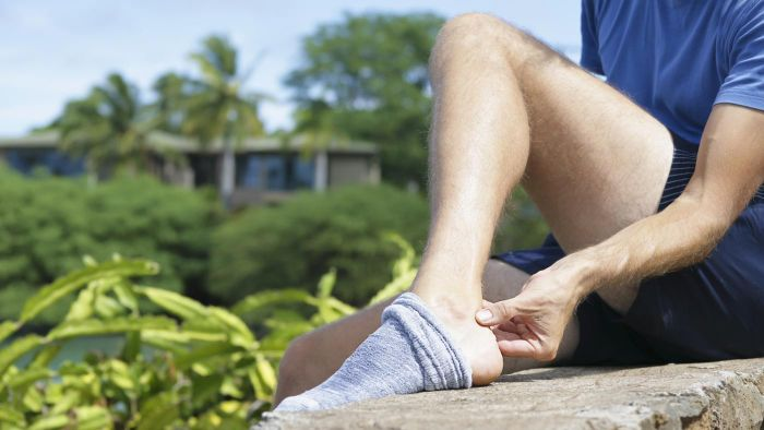 What are Achilles tendon strengthening exercises?