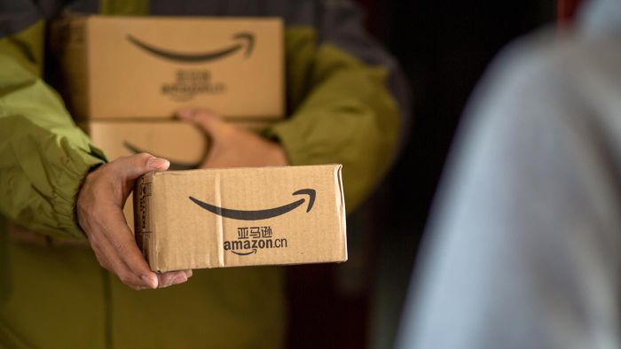 Where Are Amazon Distribution Centers Located in the USA?