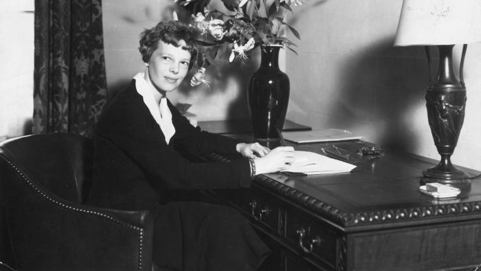 What Is Amelia Earhart Famous For?
