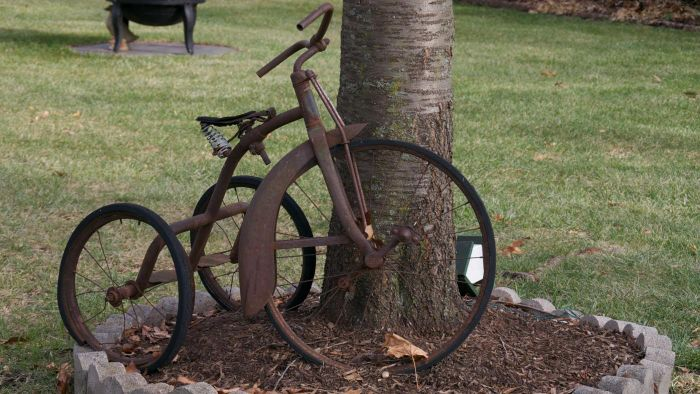 What Are Antique Tricycles?