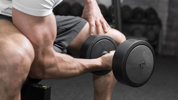 What are some arm workouts for men?
