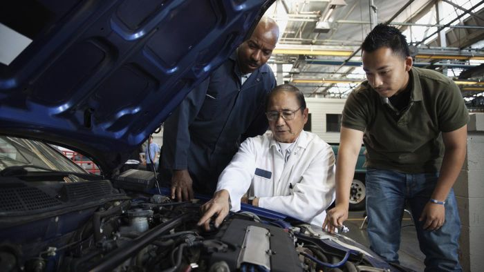 What Is an Auto Repair Estimate Guide?