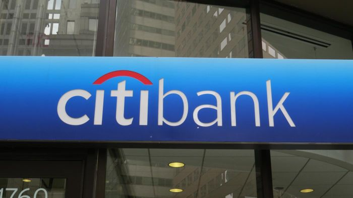 What Banks Offer Mobile Banking?