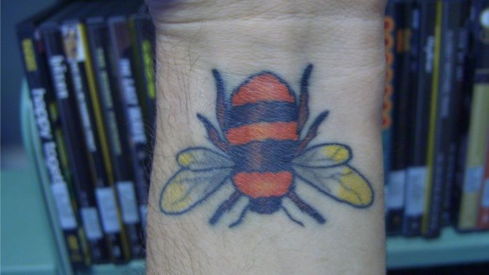 What Do Bee Tattoos Symbolize?