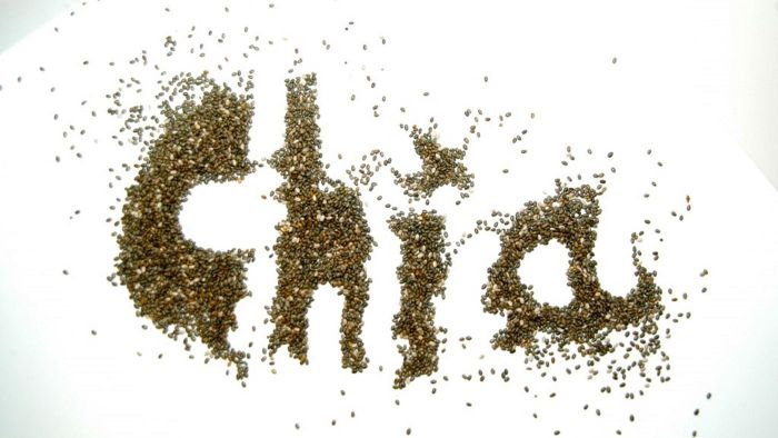 What are the benefits of eating chia seeds?