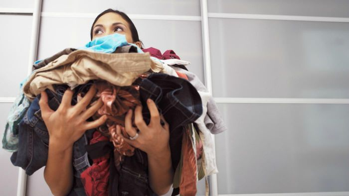 Is It Better to Do Laundry in the Morning or Evening to Save Energy?