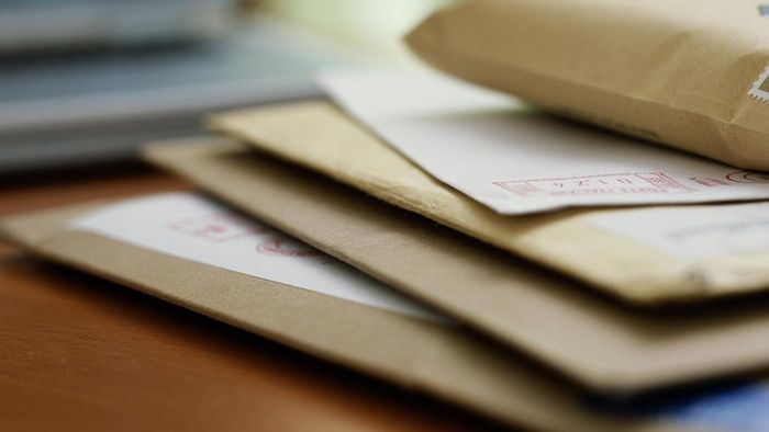 What is a business size 10 envelope?