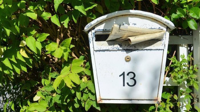 How can I change my mailing address?