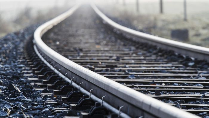 Where Can You Find the Current Price of CSX Railroad Stock Online?