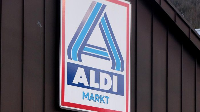 Where Can I Find the Hours for Certain Aldi Store Locations?
