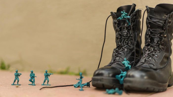 Can You Join the Military With Flat Feet?