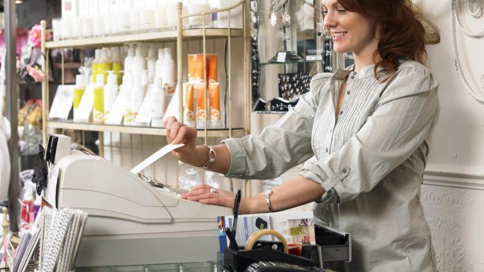 How Can You Learn to Use a Cash Register Online?