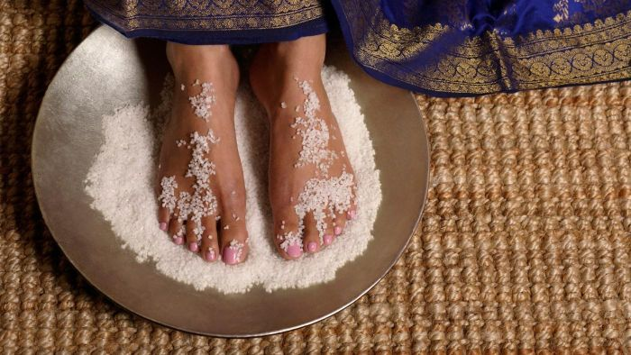 How Can You Make a Good Foot Scrub at Home?