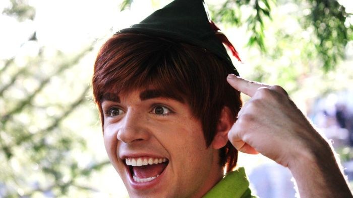 How Can You Make a Hat Like the One Peter Pan Wears?