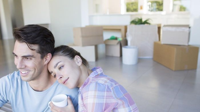 Can Married Couples Deduct More Profits on the Sale of a Home Than Singles?