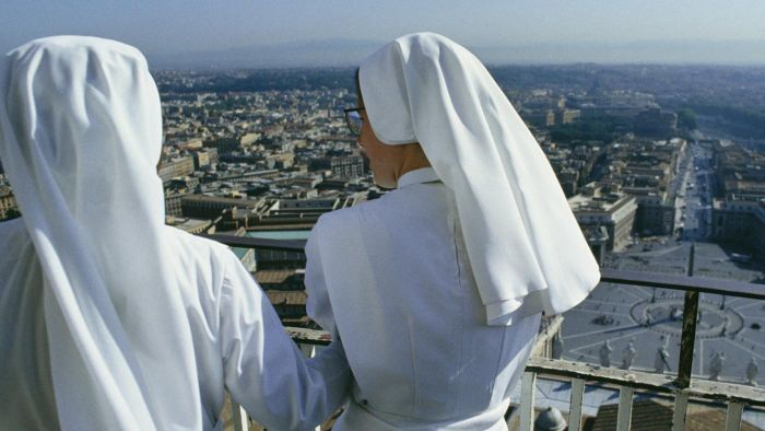 Can nuns get married?