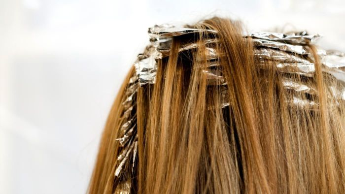 How Can One Do Foil Highlights at Home?